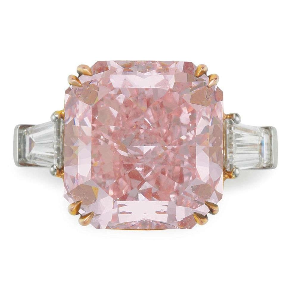 A rectangular fancy intense pink diamond ring.