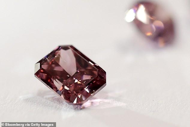 World's biggest pink diamond