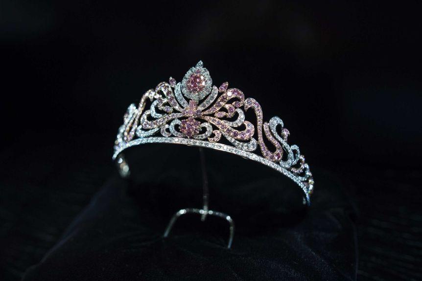 Linneys Jewellery's Argyle pink diamond Tiara is made of 178 Argyle pink diamonds